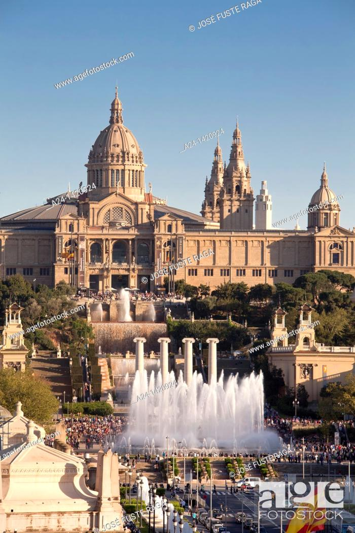 Stock Photo: Montjuic National Palace and fountains, Barcelona, Catalonia, Spain.