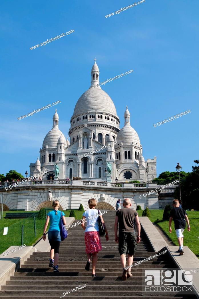 Stock Photo: Europe, France, Paris, Sacre Coeur, Montmartre.