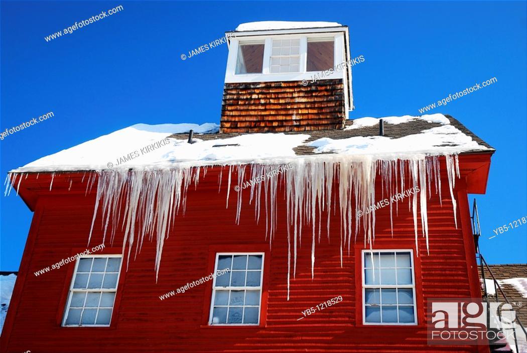 Imagen: Red Mill, Winter.