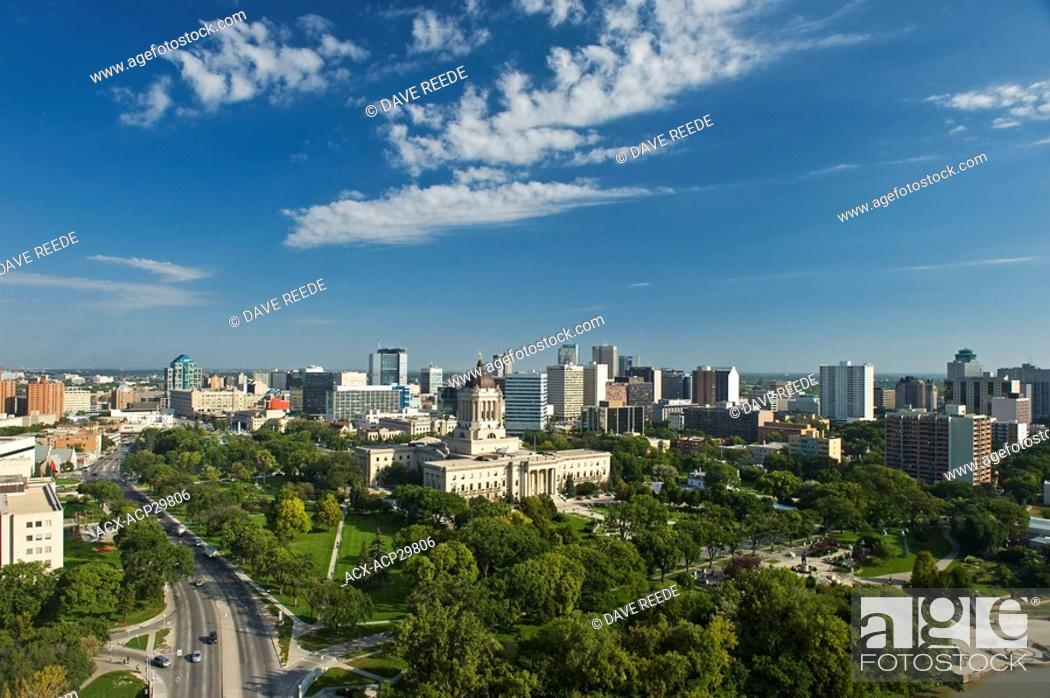 Stock Photo: Winnipeg skyline with Manitoba Legislative Building in the foreground, Winnipeg, Manitoba, Canada.
