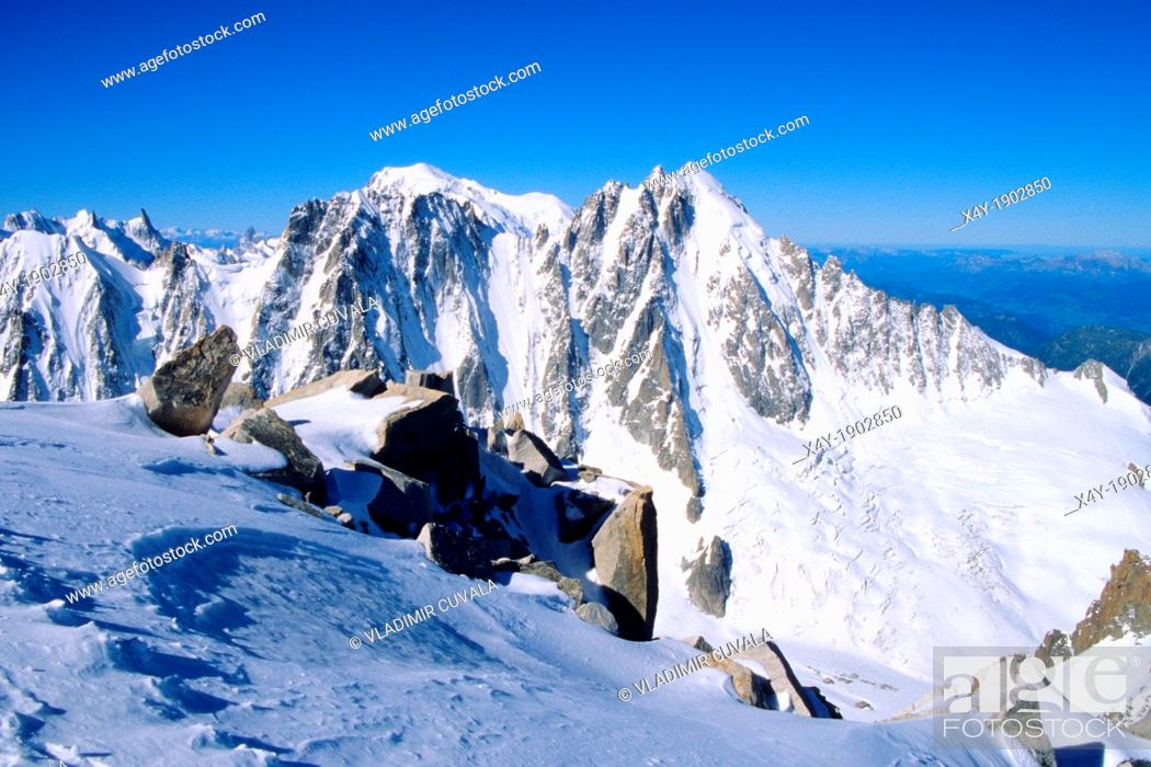 Stock Photo: View of Aiguille Verte from Aiguille d'Argentiere, Mont Blanc mountain massif, Savoy Alps, France.