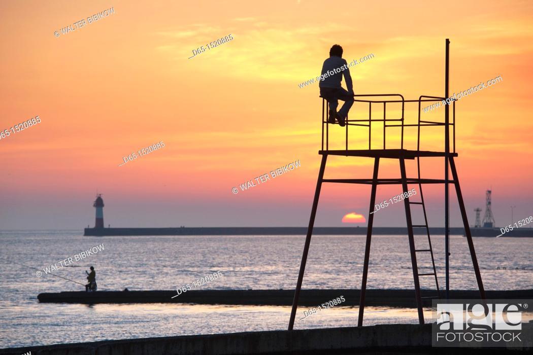 Stock Photo: Russia, Black Sea Coast, Sochi, Lighthouse Beach, silhouettes, sunset, NR.