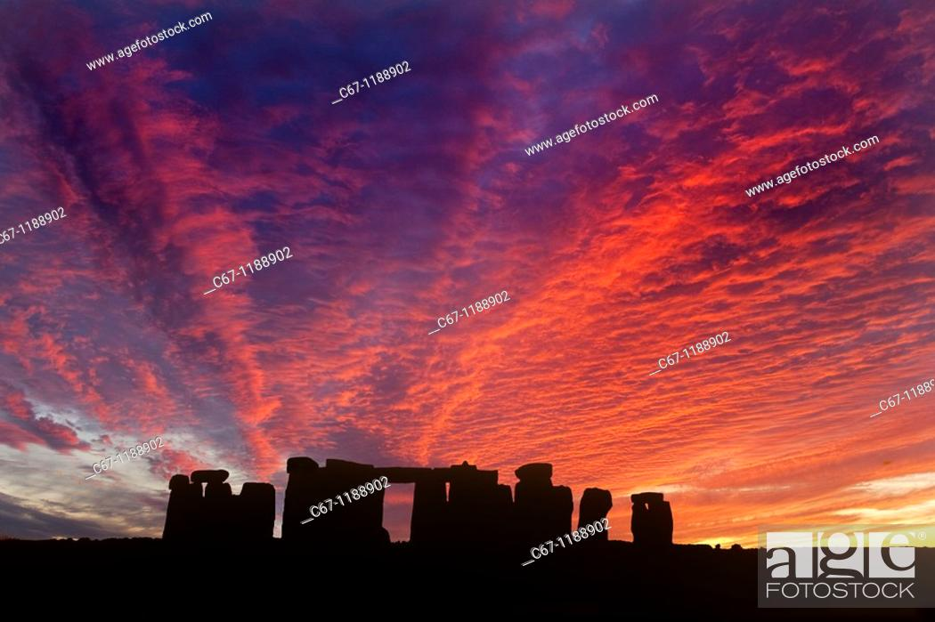 Stock Photo: Stonehenge Salisbury Plain Wiltshire.