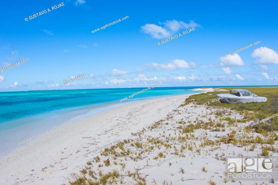 Stock Photo: DOS MOSQUICES beach View Archipelago Los Roques Venezuela, Atoll.
