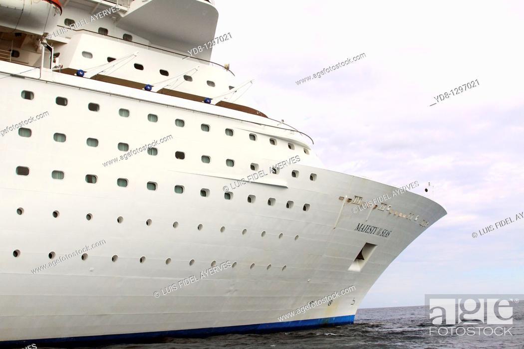 Stock Photo: Cruise. Nassau. Bahamas.