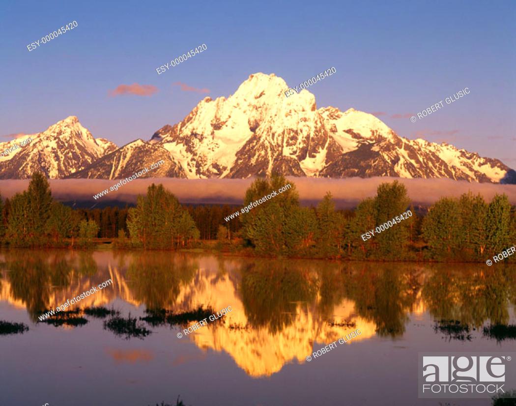 Stock Photo: Mt. Moran. Grand Teton National Park. Wyoming. USA.
