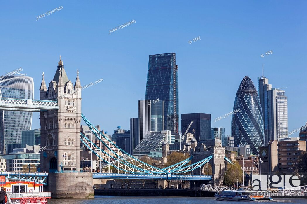 Stock Photo: England, London, Thames River and London Skyline.
