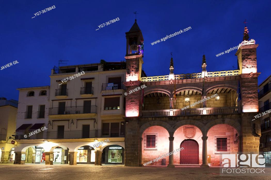 Photo de stock: City council of Plasencia, Extremadura, Spain.