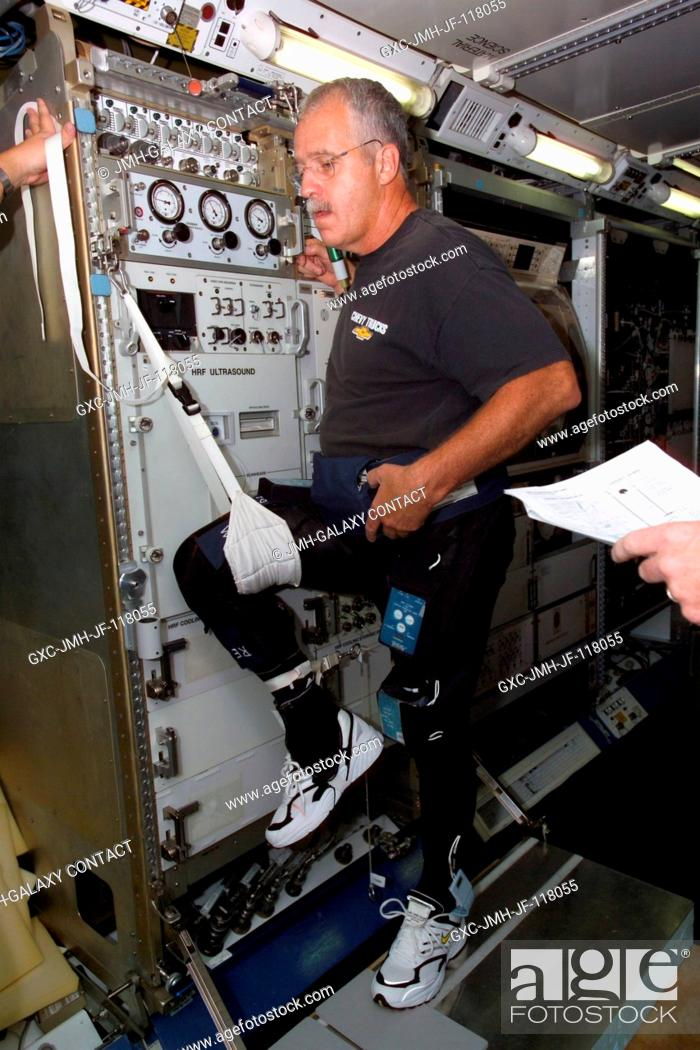 Stock Photo: Astronaut John L. Phillips, Expedition 11 NASA ISS science officer, participates in FootGround Reaction Forces During Spaceflight (FOOT) Integrated nominal.