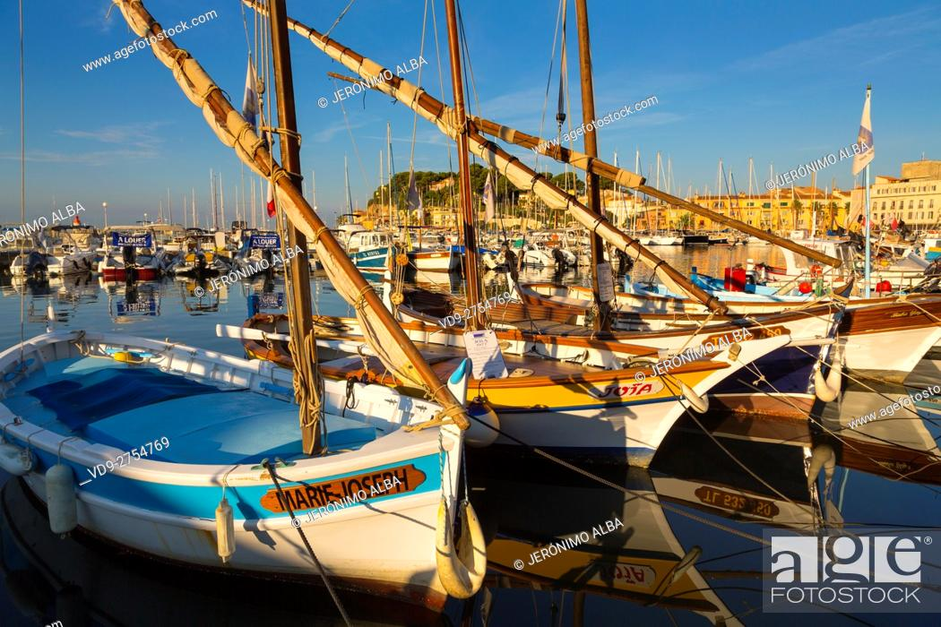 Stock Photo: Fishing boats at fishing port, Marina, old harbour. Village of Sanary-sur-Mer. Var department, Provence Alpes Cote d'Azur. French Riviera.