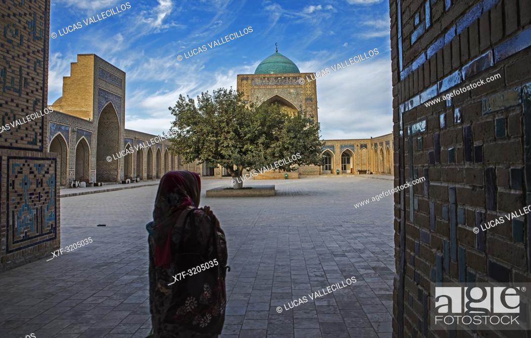 Stock Photo: Courtyard of Kalon mosque, Bukhara, Uzbekistan.