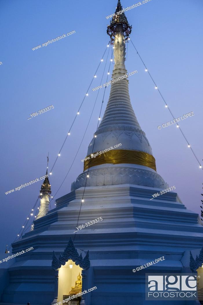 Stock Photo: Wat Phra That Doi Kong Mu temple, Mae Hong Son, Thailand.