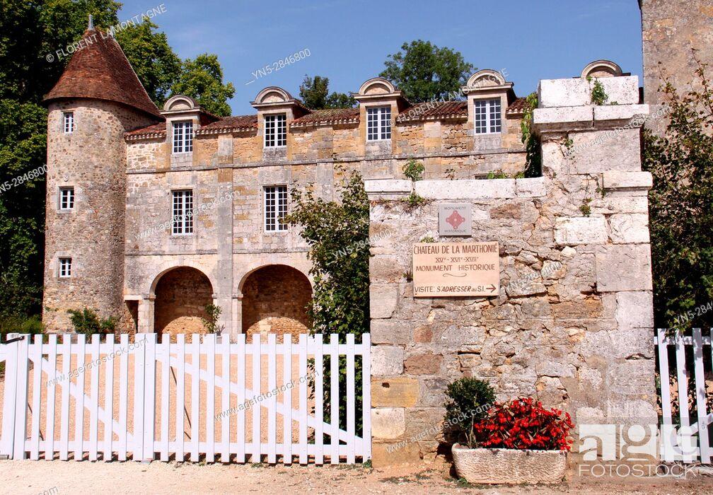 """Stock Photo: Saint Jean de Cole, Dordogne, Aquitaine, France, label """"""""Plus beaux villages de France"""""""". Chateau de la Marthonié."""