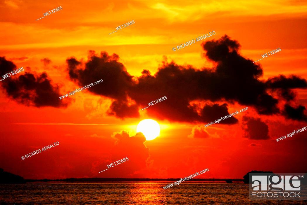 Stock Photo: Sunrise off Key Largo, Florida Keys.