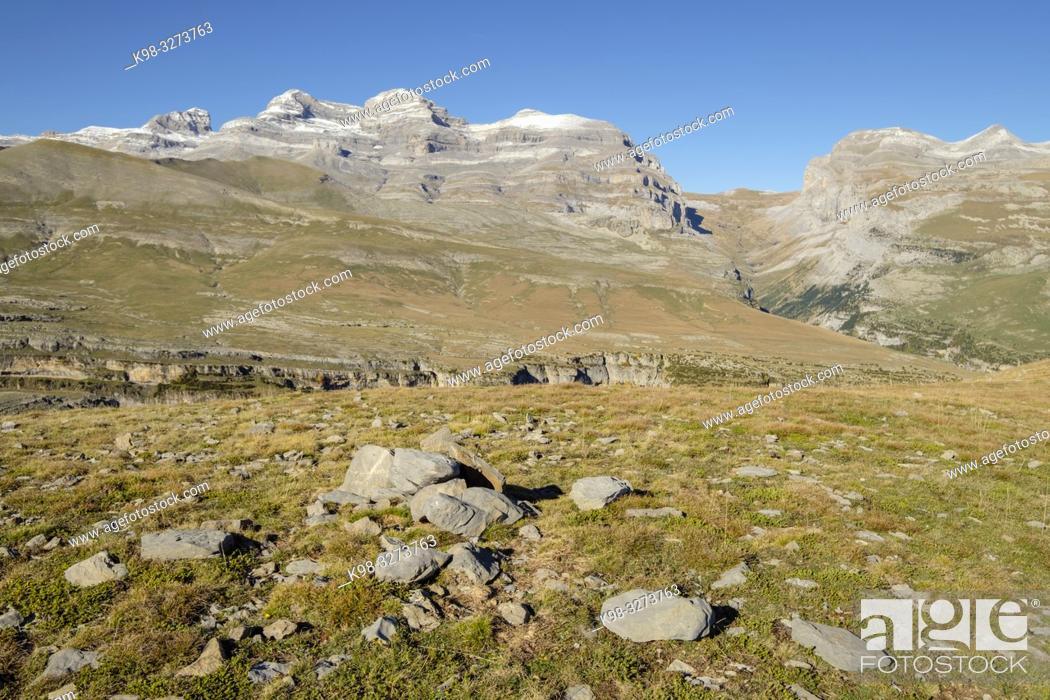 Imagen: parque nacional de Ordesa y Monte Perdido, comarca del Sobrarbe, Huesca, Aragón, cordillera de los Pirineos, Spain.