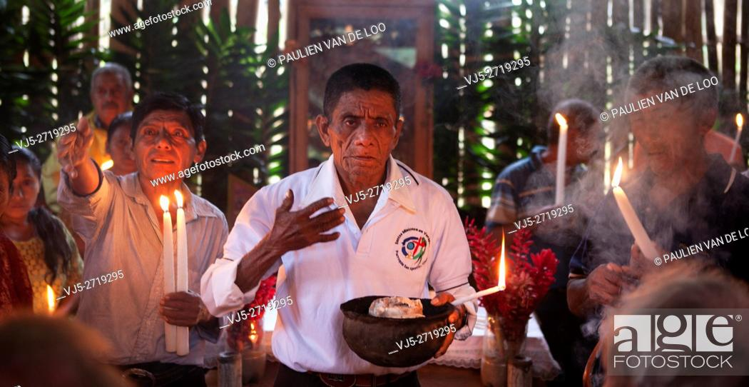 Stock Photo: Chahal, Alta Verapaz, Guatemala, a maya priest gives a ceremony to pray for a good harvest.