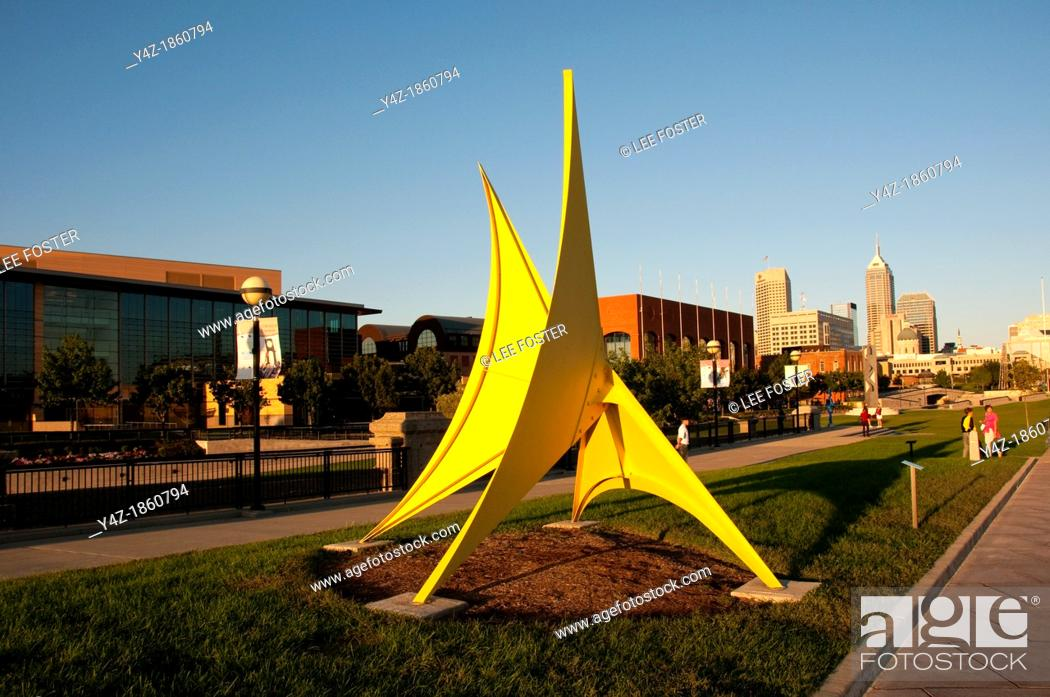 Stock Photo: USA, Indiana, Indianapolis, public outdoor sculptures in downtown area.