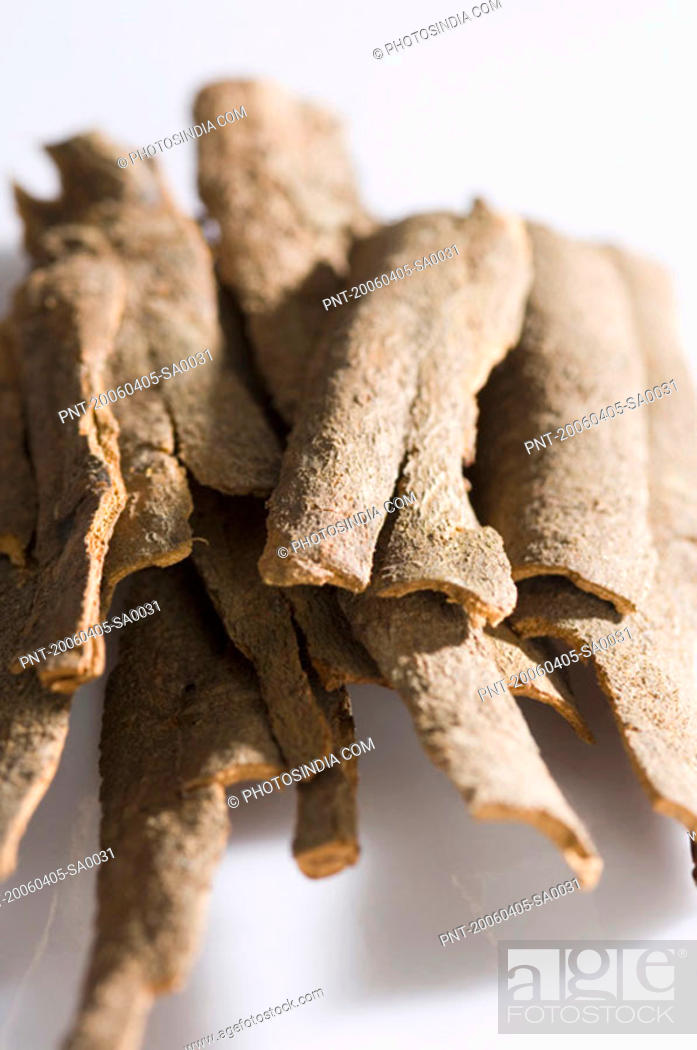 Stock Photo: Close-up of a heap of Cinnamon.