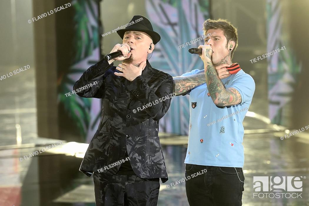 Imagen: J-AX with Fedez during the tv show Che tempo che fa, Rome, ITALY-27-05-2018.