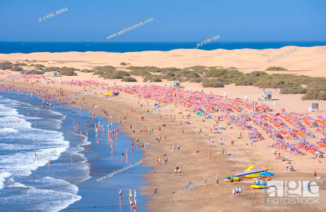 Stock Photo: Spain - Canary Islands - Gran Canaria - South Coast - Maspalomas - Playa del Inglés.