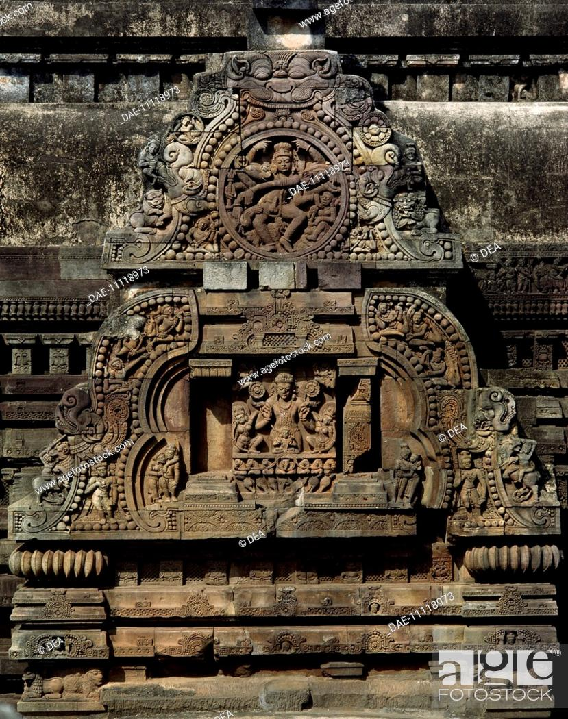 Stock Photo: Detail of the decorations of the Vaital Deul Temple in Bhubaneswar, Orissa State, India. Indian civilization, 8th century.