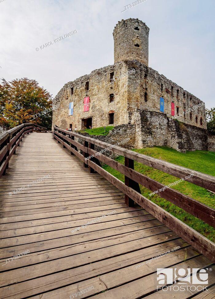Imagen: Poland, Lesser Poland Voivodeship, Wygielzow, Lipowiec Castle.
