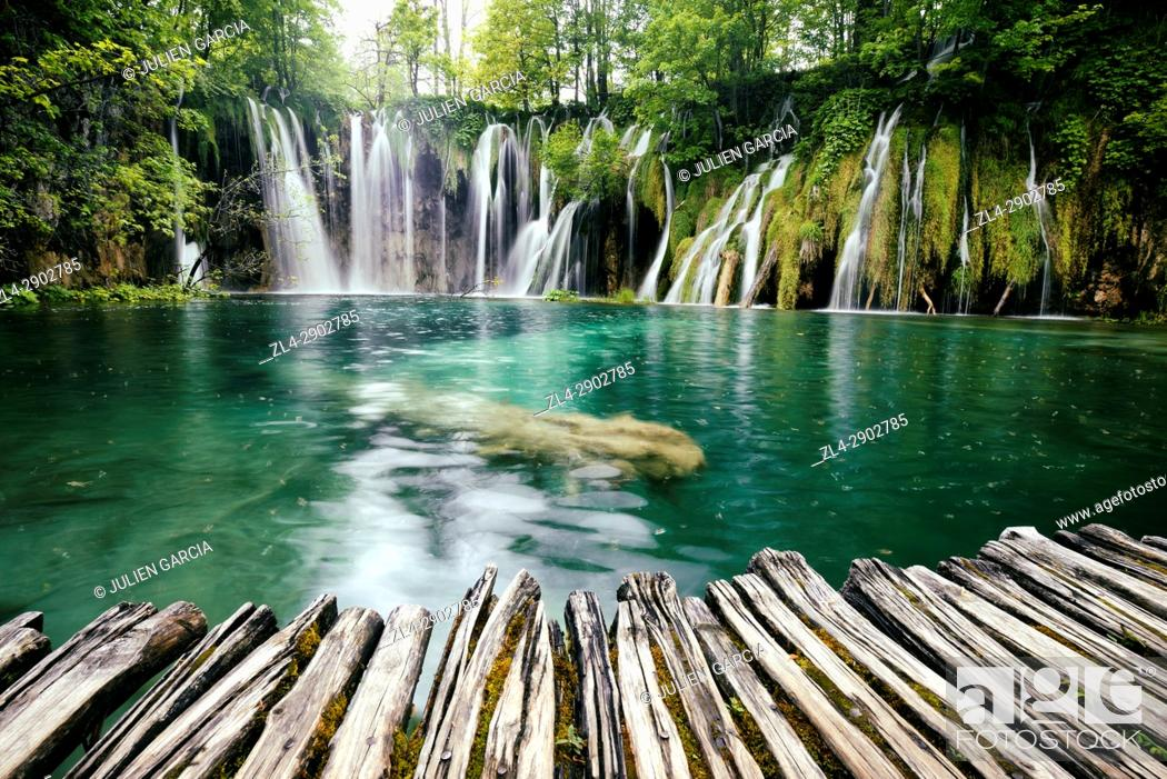 Stock Photo: Croatia, Plitvice lakes National Park, listed as World Heritage by UNESCO, upper lakes.