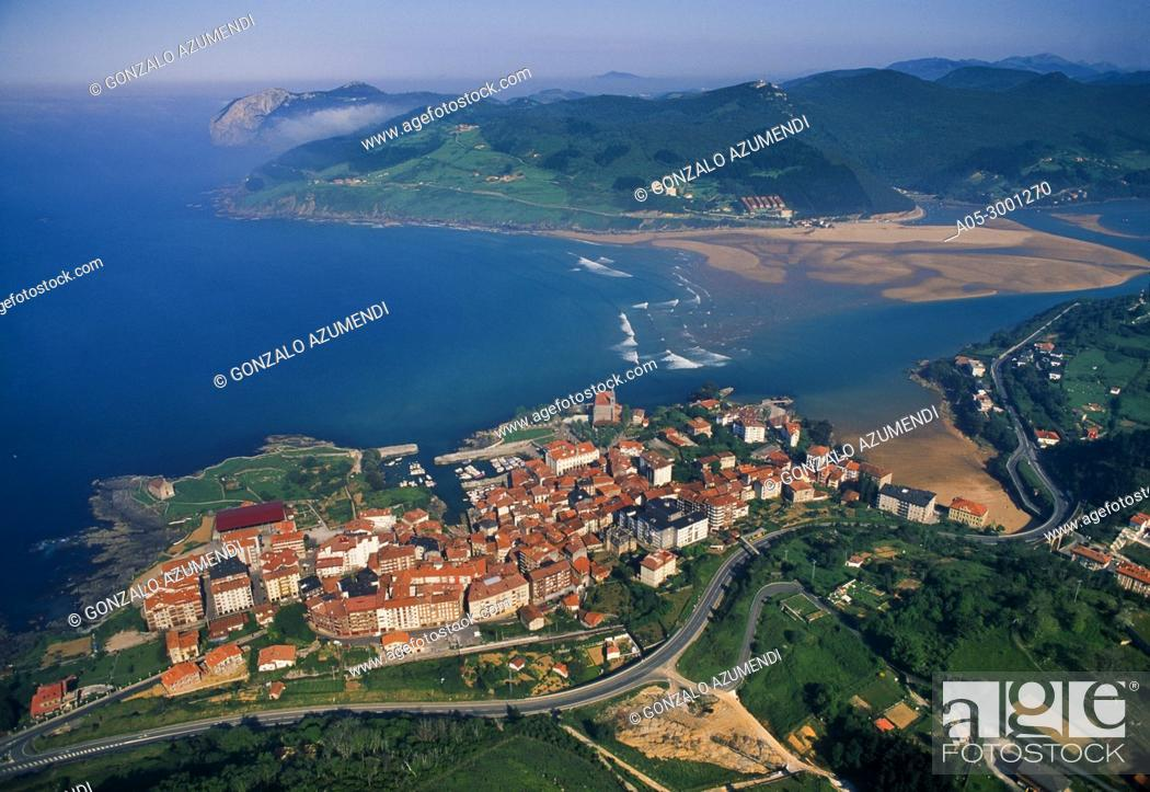 Stock Photo: Mundaka and Urdaibai Estuary. Urdaibai biosphere Reserve. Urdaibai. Region. Bizkaia. Basque Country. Spain.