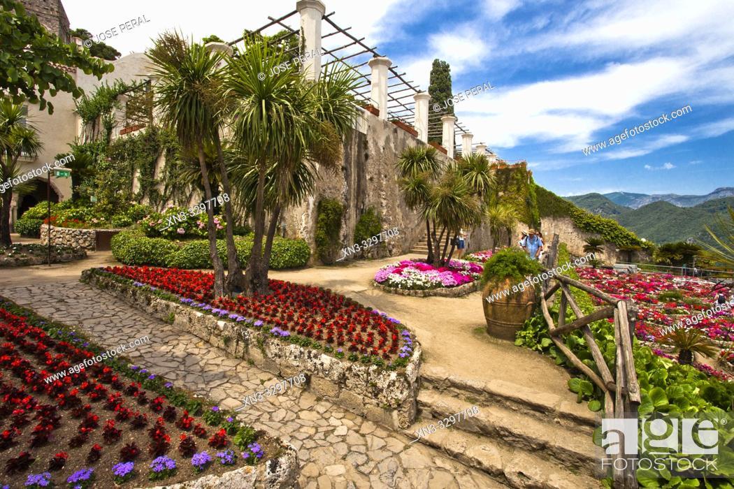 Imagen: View from garden of Villa Rufolo, Ravello, Amalfi Coast, province of Salerno, Campania, Italy, Europe.