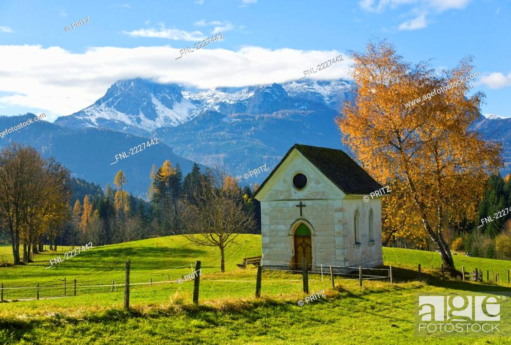 Stock Photo: Chapel on landscape, Berchtesgaden Alps, Pongau, Salzburgerland, Austria.