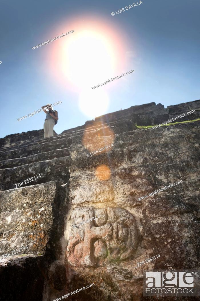 Imagen: Xunantunich is an Ancient Maya archaeological site in western Belize, about 80 miles (130 km) west of Belize City, in the Cayo District.