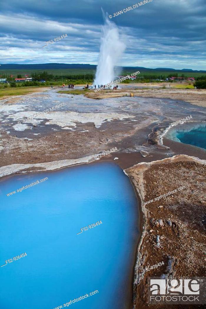 Stock Photo: Strokkur geyser, Geysir area, Iceland.