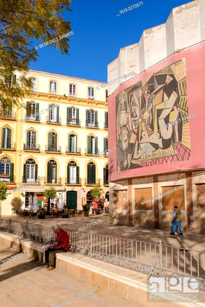 Stock Photo: Plaza de la Merced, Malaga, close to Picasso's birthplace. Malaga, Andalucia, Spain.