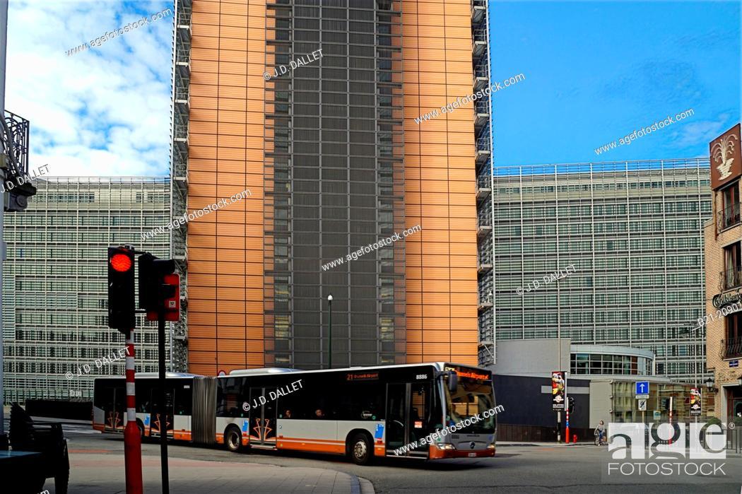 Imagen: EU building, Schuman area (European neighborhood), Brussels, Belgium.