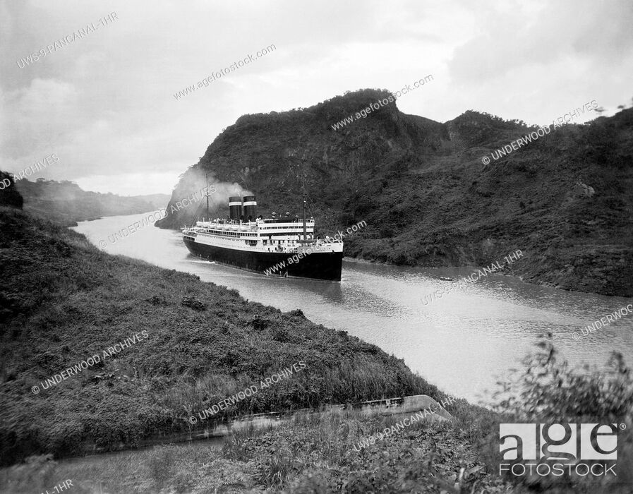Stock Photo: Panama Canal: c. 1935.The Panama Pacific Liner Pennsylvania as it passes by Gold Hill.