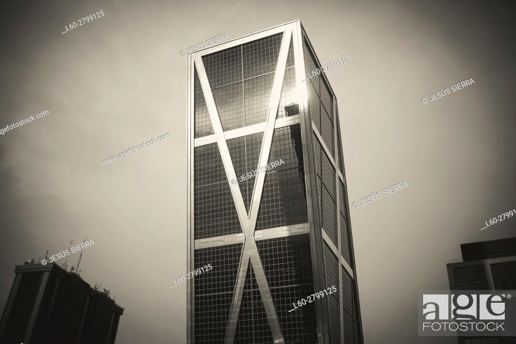 Stock Photo: Kio Tower in Castilla Square, Madrid. Spain.