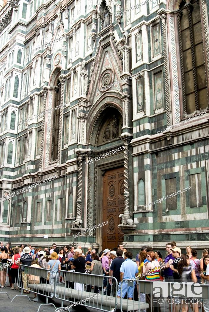 Stock Photo: Line of tourists in order to enter in the cathedral, Firenze Florence, UNESCO World Heritage Site, Tuscany, Italy, Europe.