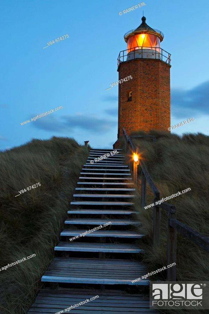 Stock Photo: Leuchtturm / Quermarkenfeuer / Lighthouse / Rotes Kliff / Red Cliff / Kampen / Sylt / Deutschland / Germany.