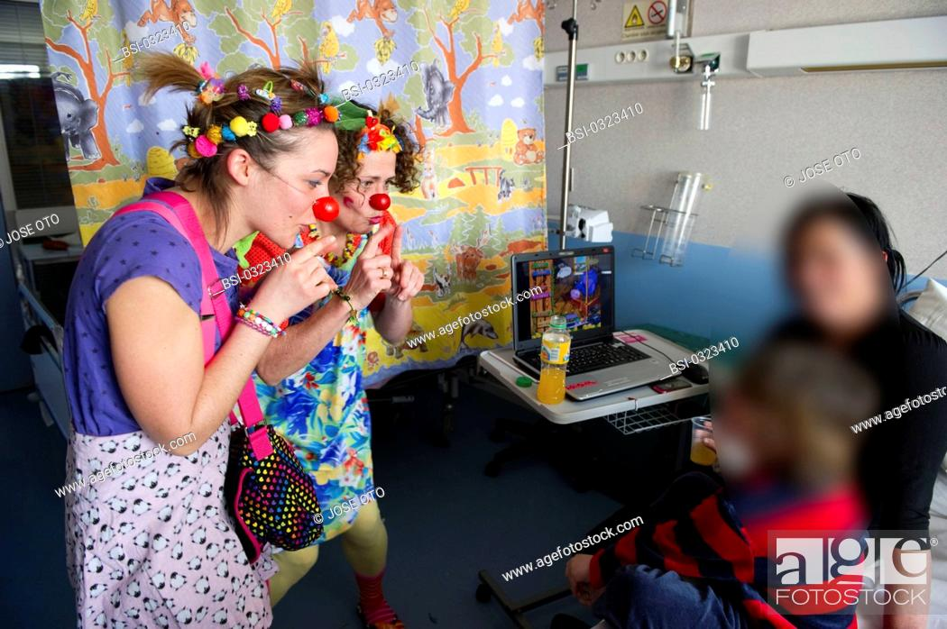 Stock Photo: Photo essay on the association 'The Clowns Stethoscopes' at the Children's hospital, University hospital of Bordeaux, France.