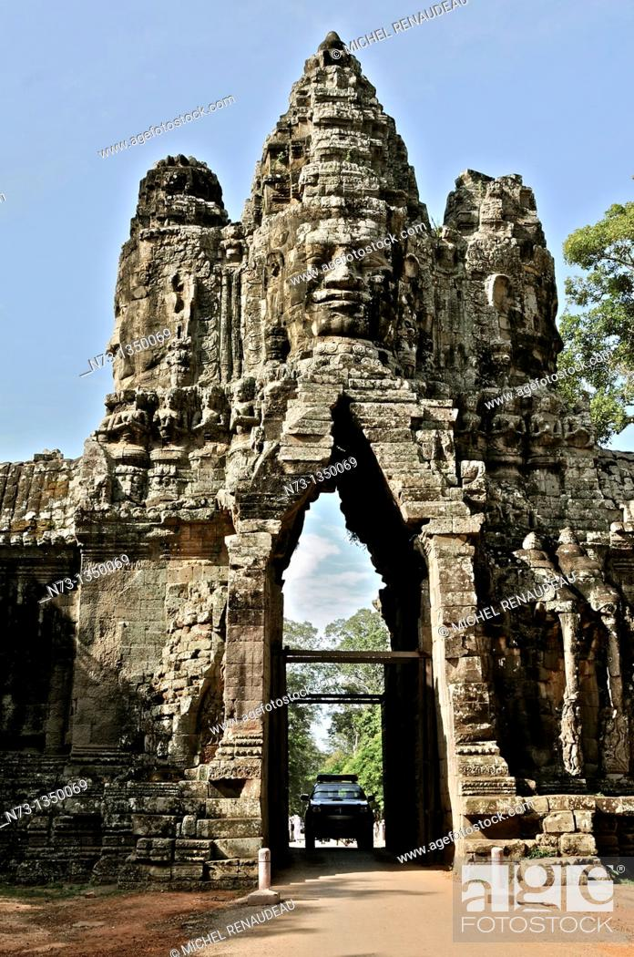 Stock Photo: Cambodia, Siem Reap, Angkor World Heritage list of UNESCO, South Gate of Angkor Thom,.