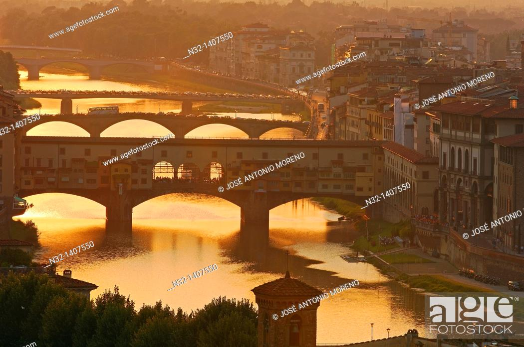Stock Photo: Ponte Vecchio over Arno river at sunset, Florence, Tuscany, Italy.