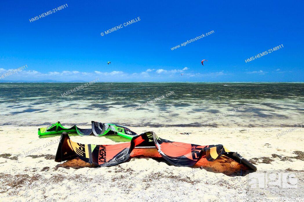 Stock Photo: France, New Caledonia, Grande-Terre, Southern Province, Noumea, Ilot Maitre.