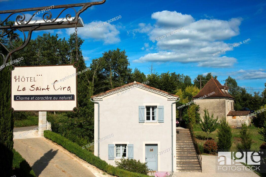 Stock Photo: Hotel Le Saint Cirq, Saint Cirq Lapopie, Midi Pyrénées, Lot, France.