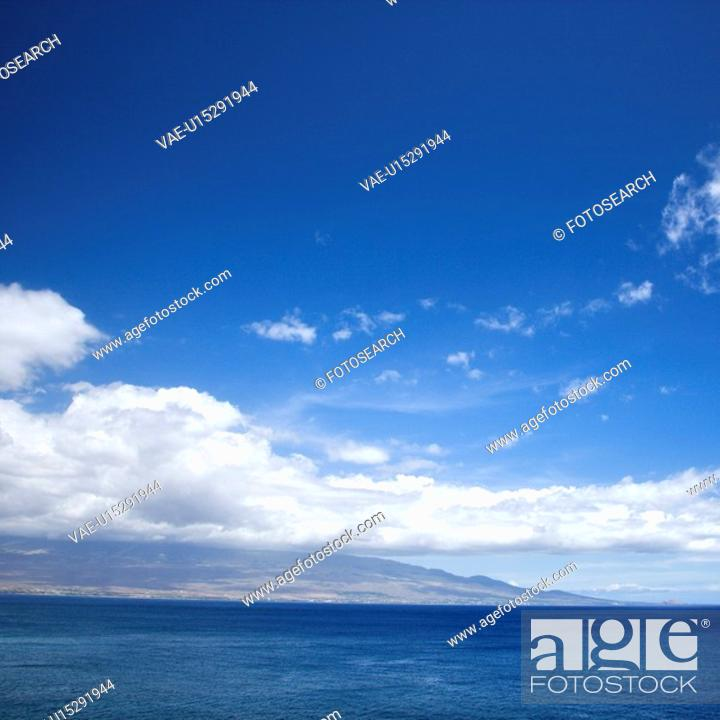 Stock Photo: Pacific ocean and island.