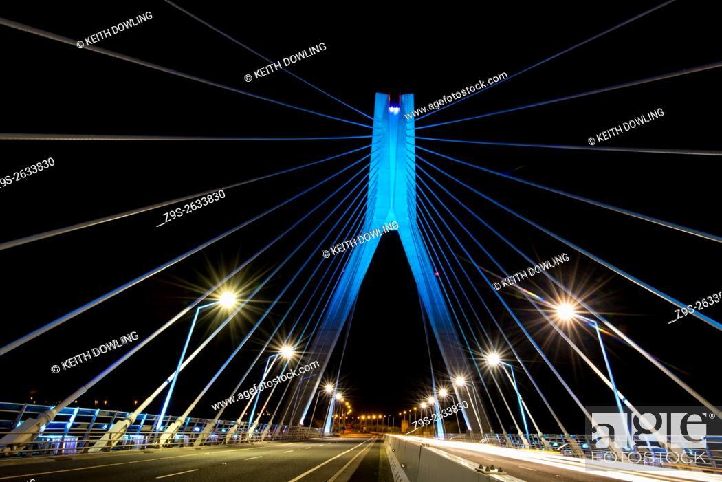Stock Photo: Suspension Bridge over River Boyne, Ireland.