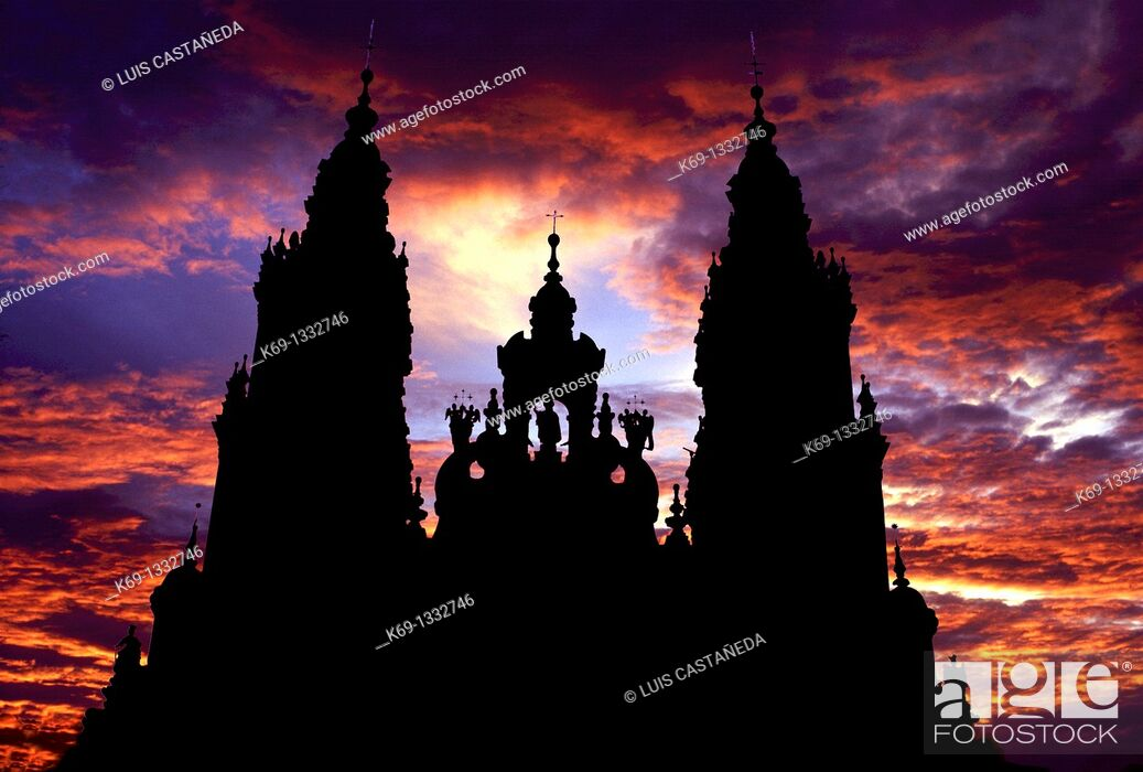 Stock Photo: Silhouette of cathedral, Santiago de Compostela, La Coruña province, Galicia, Spain.