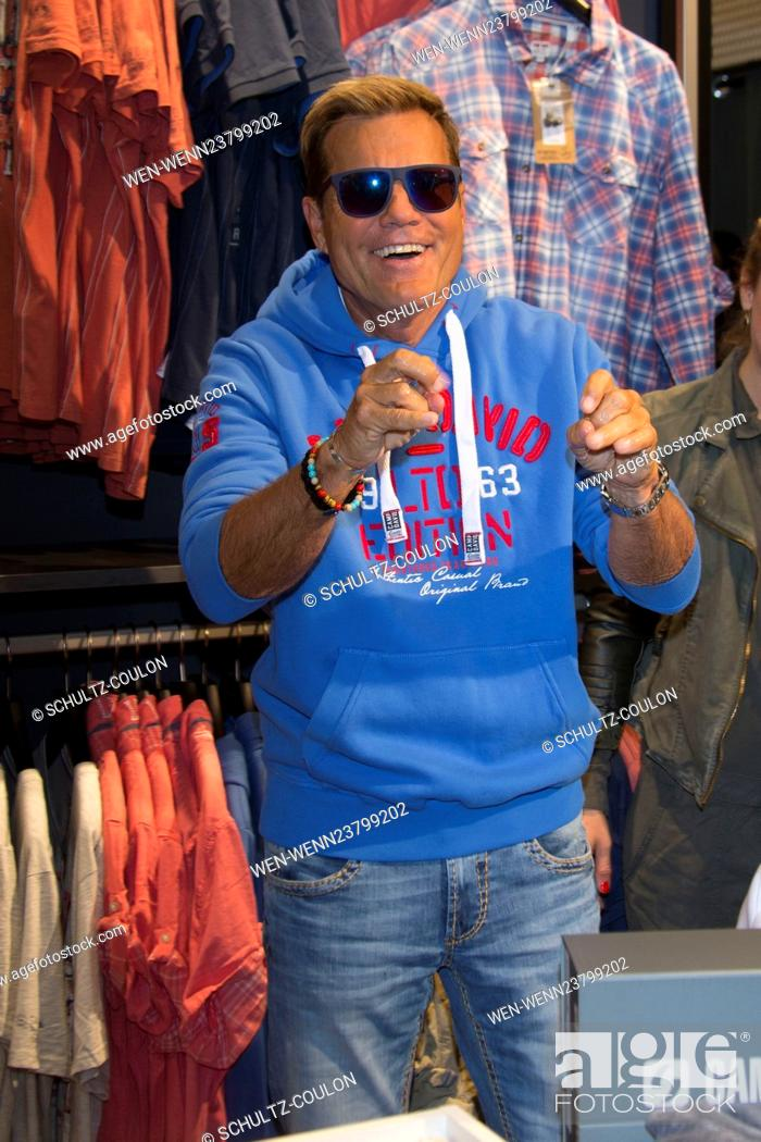 finest selection d08b9 13d7b Dieter Bohlen opens the new store of Camp David