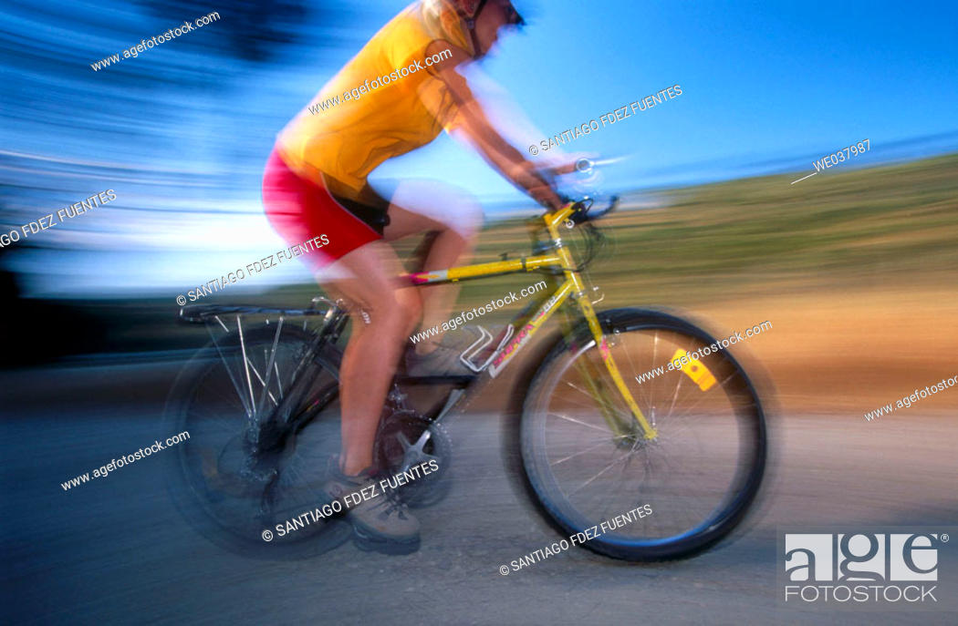 Stock Photo: Cyclist in the Vía Verde del Alberche. Madrid, Spain.