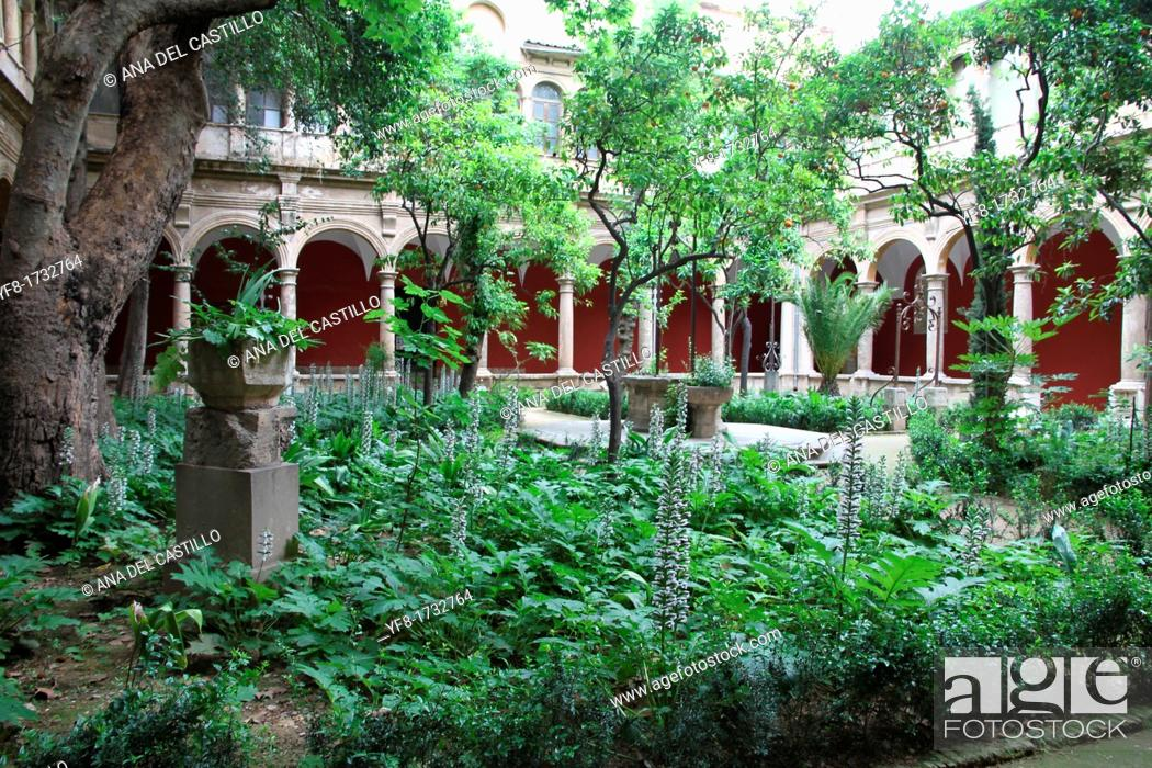 Stock Photo: El Carmen convent, Valencia city center, Spain.