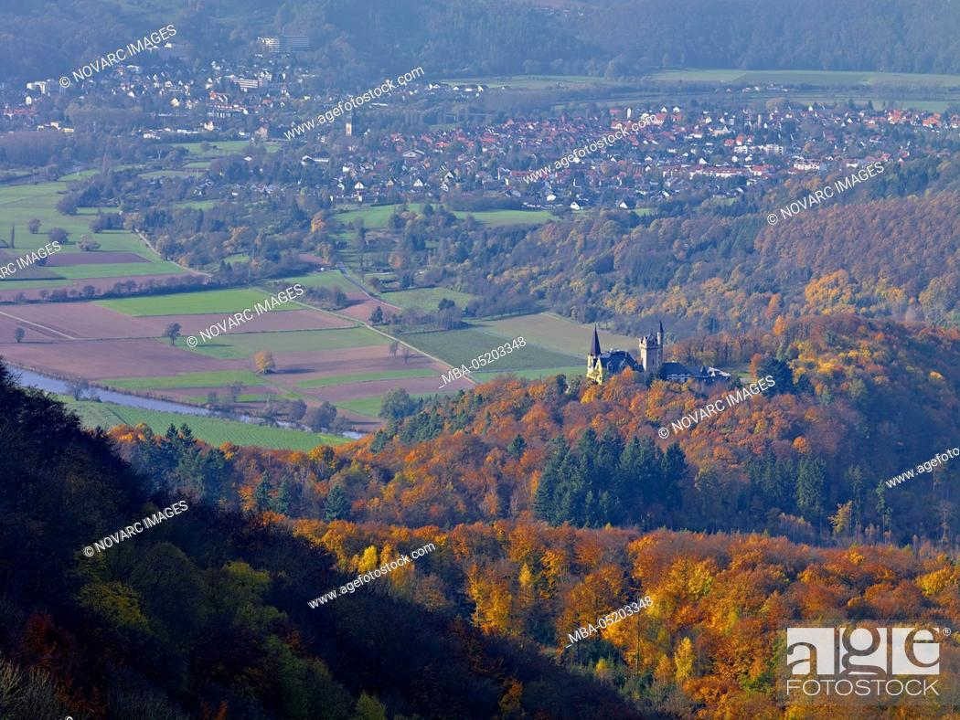 Imagen: View from the Gobert into the Werra Valley with Rothestein Castle and Bad Sooden- Allendorf, Hesse, Germany.